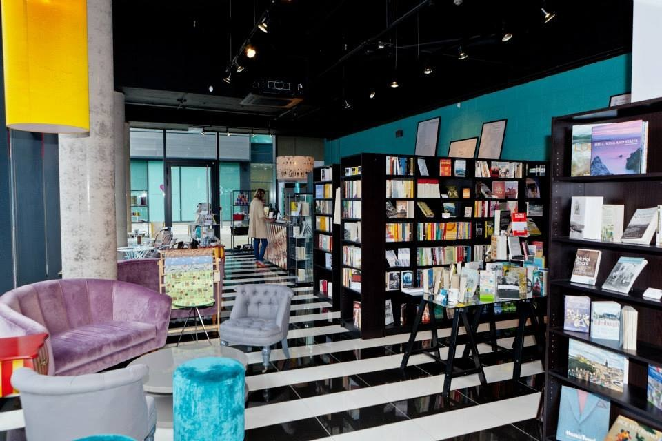 Looking Glass Books
