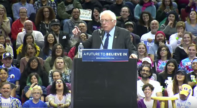 Little bird pops onto democratic candidate bernie sanders podium