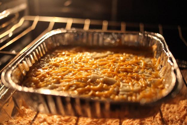 5-Ingredient Layered Pizza Dip
